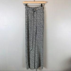 WHBM Wide leg herringbone pants black white 4